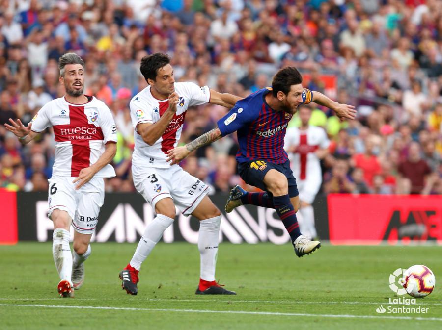 صور مباراة : برشلونة - هويسكا 8-2 ( 02-09-2018 )  W_900x700_02194435_b3z2852
