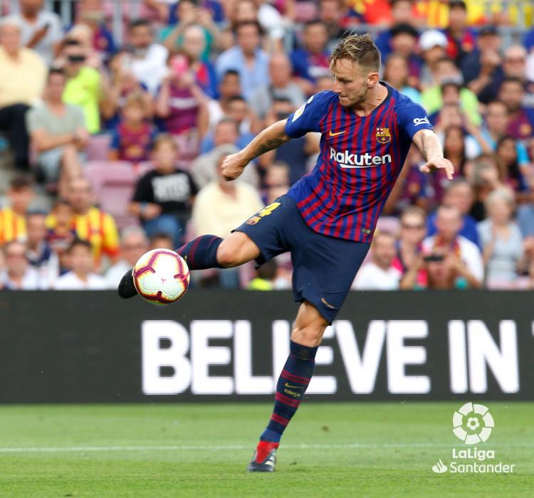 صور مباراة : برشلونة - هويسكا 8-2 ( 02-09-2018 )  W_900x700_02194851_b3z2868