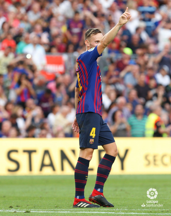 صور مباراة : برشلونة - هويسكا 8-2 ( 02-09-2018 )  W_900x700_02195151_b3z2910