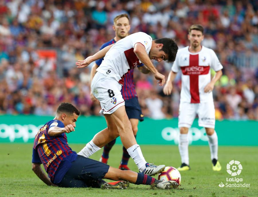 صور مباراة : برشلونة - هويسكا 8-2 ( 02-09-2018 )  W_900x700_02195547_b3z3000