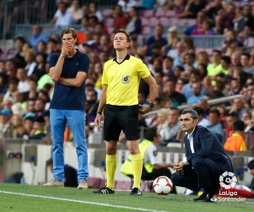 صور مباراة : برشلونة - هويسكا 8-2 ( 02-09-2018 )  W_900x700_02201555_b3z3082