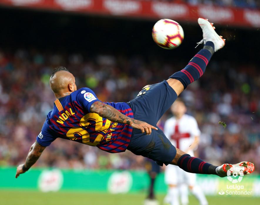 صور مباراة : برشلونة - هويسكا 8-2 ( 02-09-2018 )  W_900x700_02201935_b3z3091