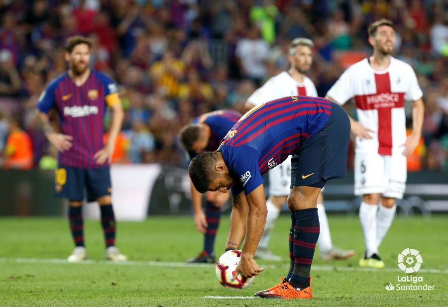صور مباراة : برشلونة - هويسكا 8-2 ( 02-09-2018 )  W_900x700_02202653_b3z3103