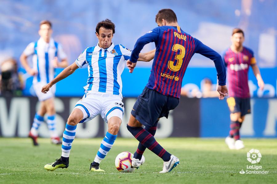 صور مباراة : ريال سوسيداد - برشلونة 1-2 ( 15-09-2018 ) W_900x700_15163323d50_6749