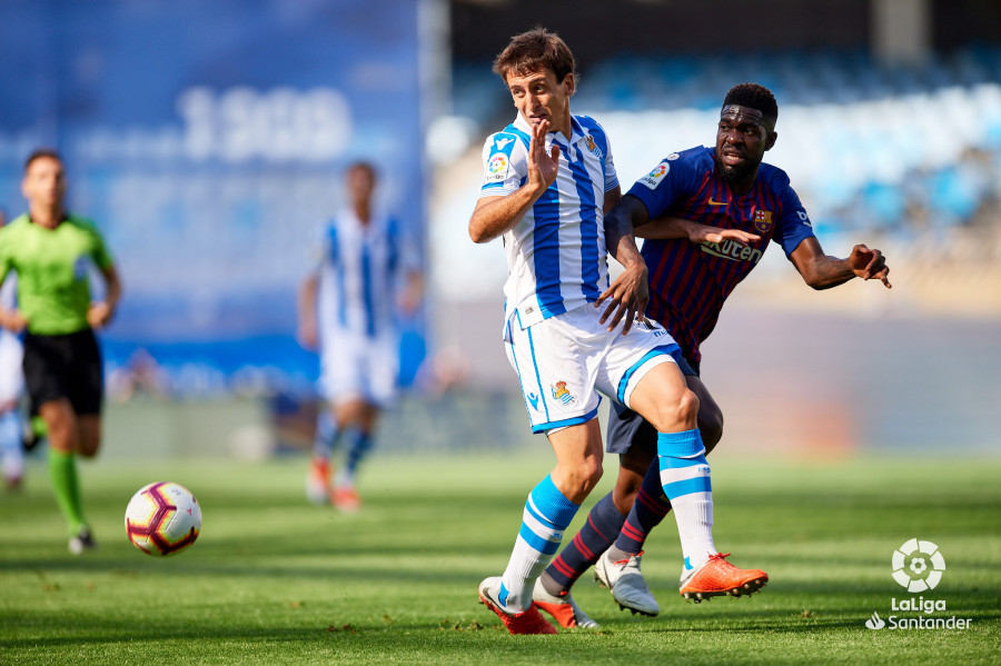 صور مباراة : ريال سوسيداد - برشلونة 1-2 ( 15-09-2018 ) W_900x700_15163551d50_6806