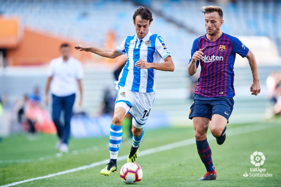 صور مباراة : ريال سوسيداد - برشلونة 1-2 ( 15-09-2018 ) W_900x700_15163553d50_6824