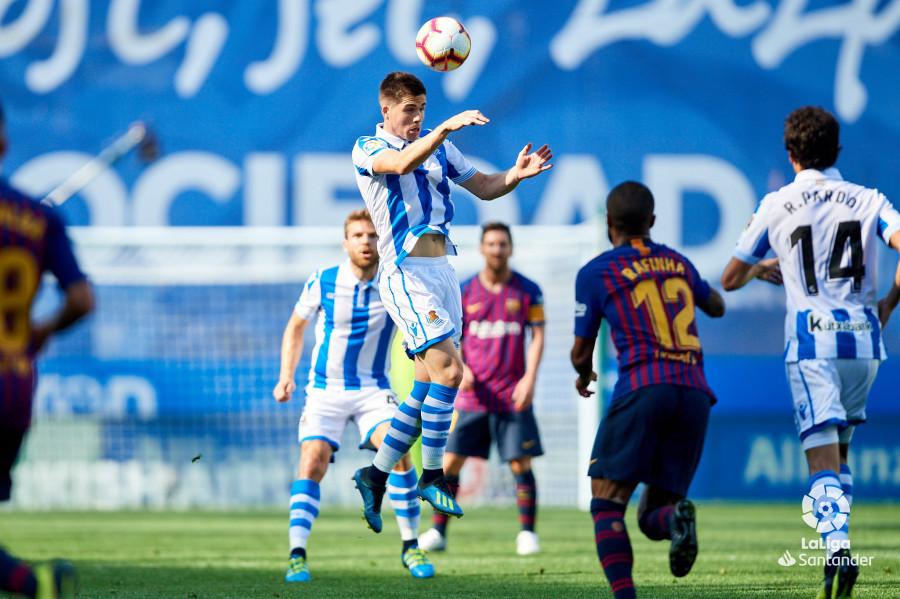صور مباراة : ريال سوسيداد - برشلونة 1-2 ( 15-09-2018 ) W_900x700_15164923d50_6833