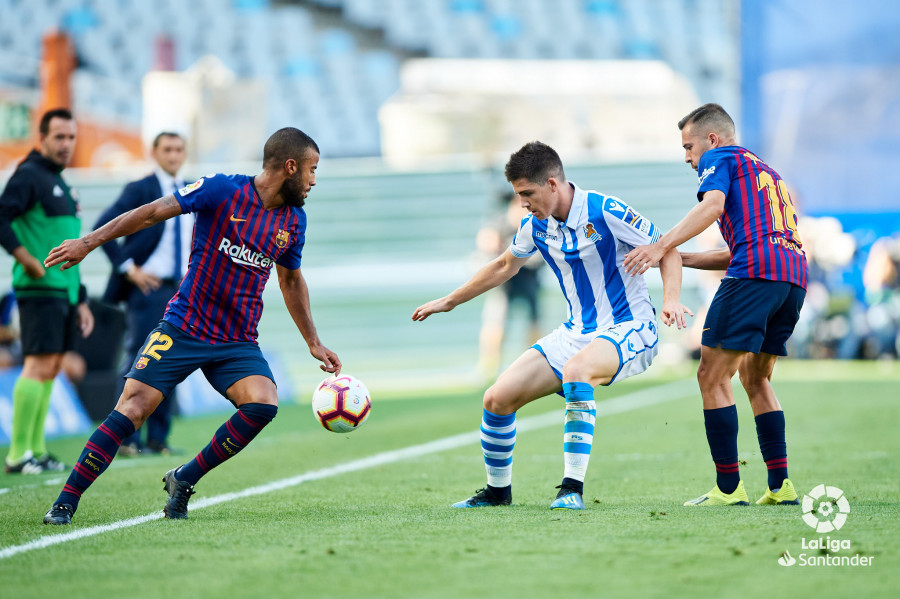صور مباراة : ريال سوسيداد - برشلونة 1-2 ( 15-09-2018 ) W_900x700_15164929d50_6852