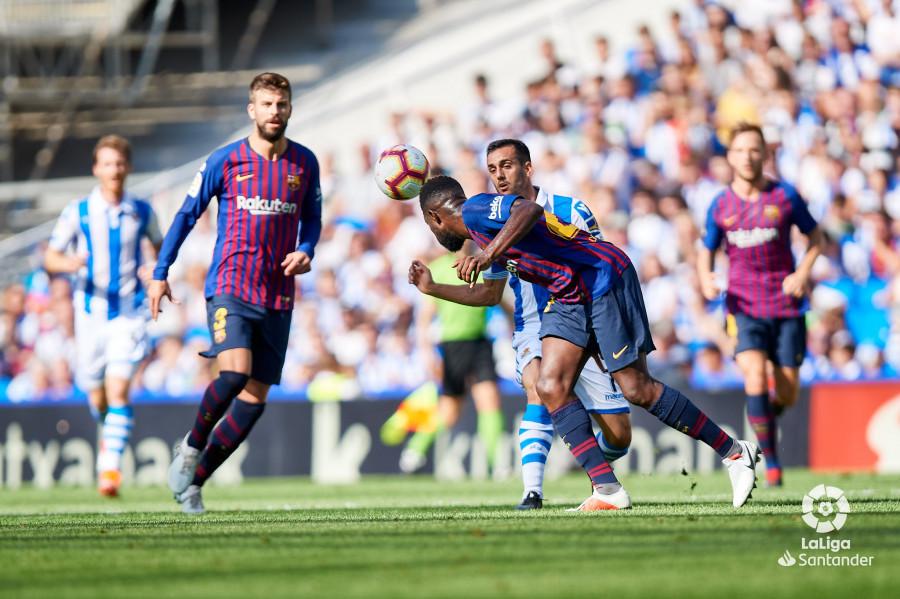 صور مباراة : ريال سوسيداد - برشلونة 1-2 ( 15-09-2018 ) W_900x700_15170902d50_6883