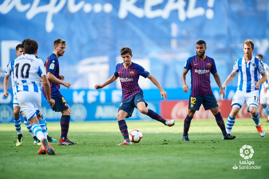 صور مباراة : ريال سوسيداد - برشلونة 1-2 ( 15-09-2018 ) W_900x700_15170914d50_6928