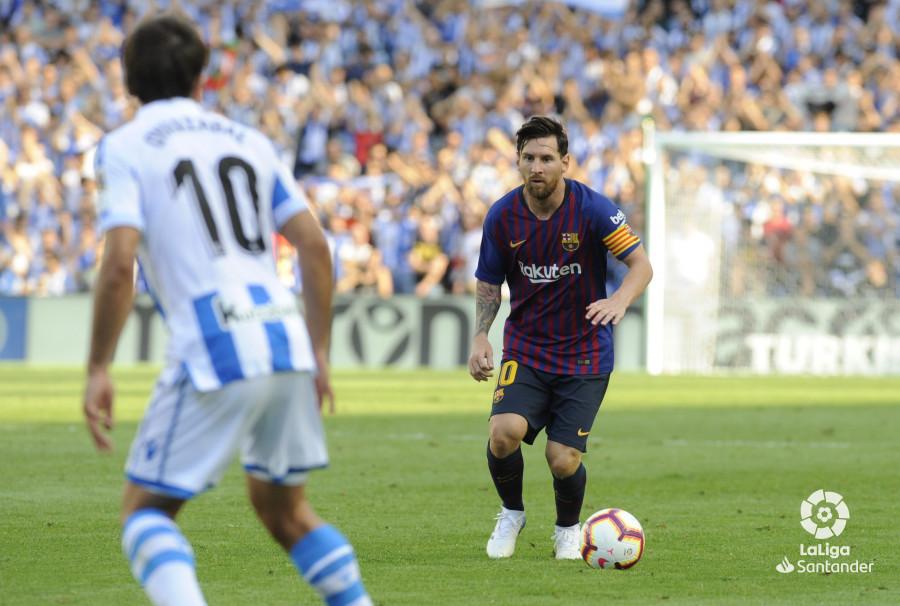 صور مباراة : ريال سوسيداد - برشلونة 1-2 ( 15-09-2018 ) W_900x700_1517193528