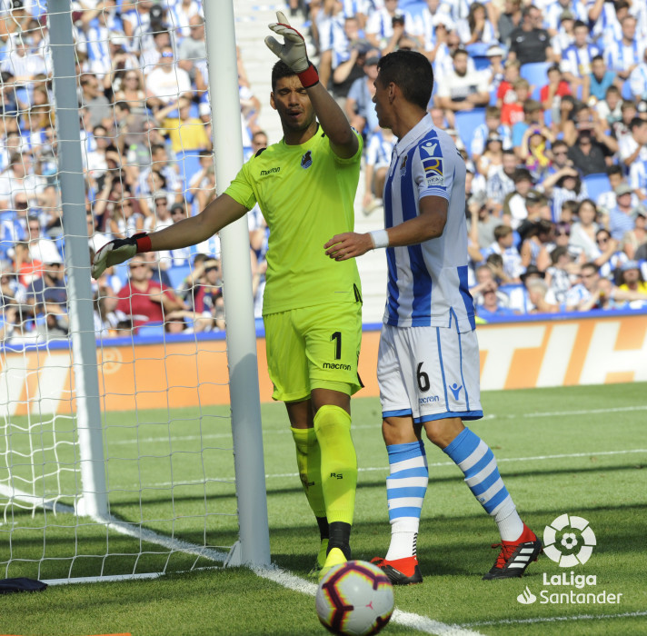 صور مباراة : ريال سوسيداد - برشلونة 1-2 ( 15-09-2018 ) W_900x700_1517194931