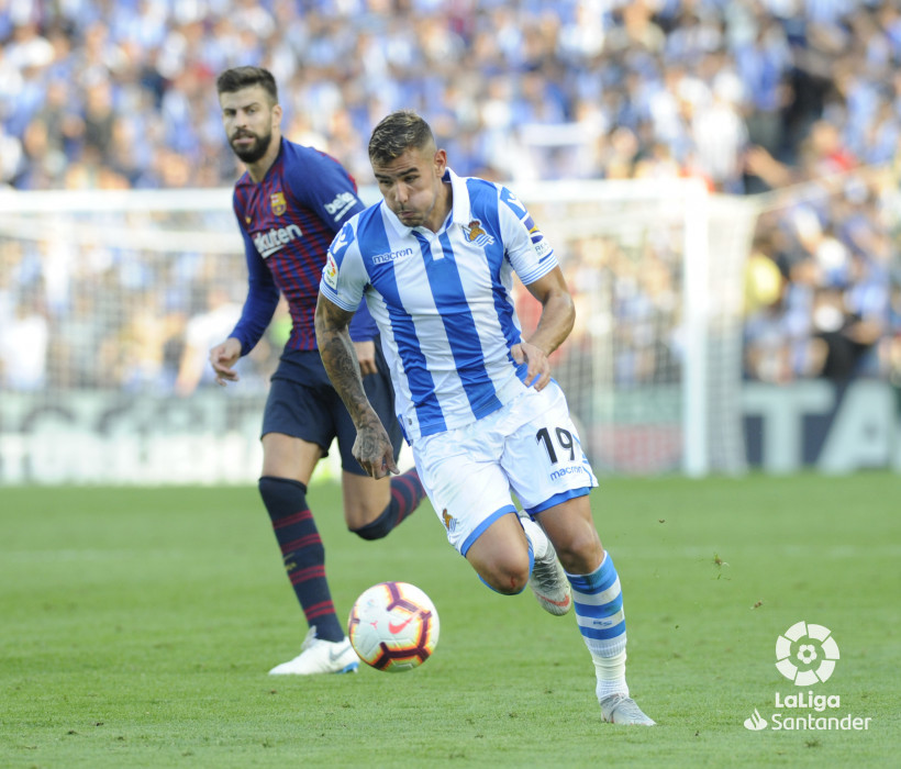 صور مباراة : ريال سوسيداد - برشلونة 1-2 ( 15-09-2018 ) W_900x700_1517495454
