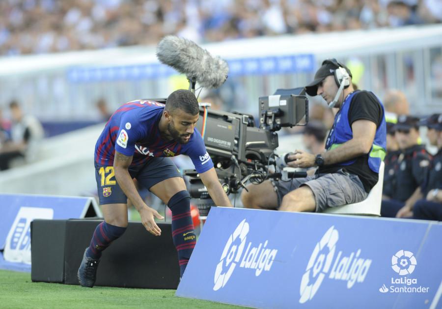 صور مباراة : ريال سوسيداد - برشلونة 1-2 ( 15-09-2018 ) W_900x700_1517504664