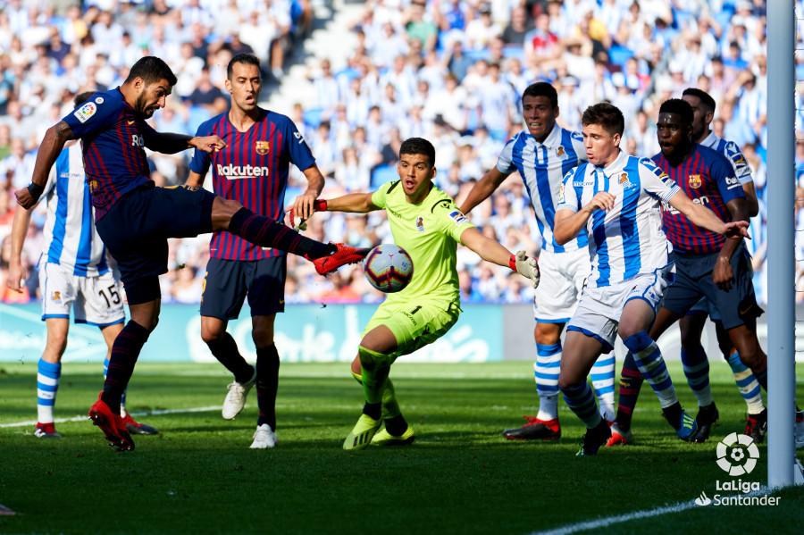 صور مباراة : ريال سوسيداد - برشلونة 1-2 ( 15-09-2018 ) W_900x700_15175101dsc09323