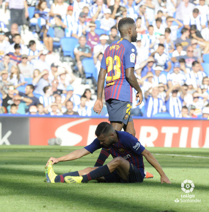 صور مباراة : ريال سوسيداد - برشلونة 1-2 ( 15-09-2018 ) W_900x700_1518175393