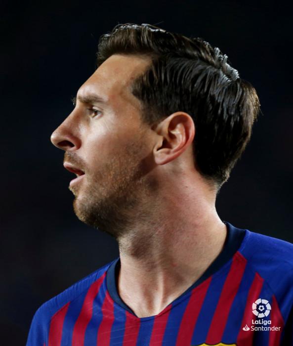 صور مباراة : برشلونة - جيرونا 2-2 ( 23-09-2018 )  W_900x700_23210824_b3z7639