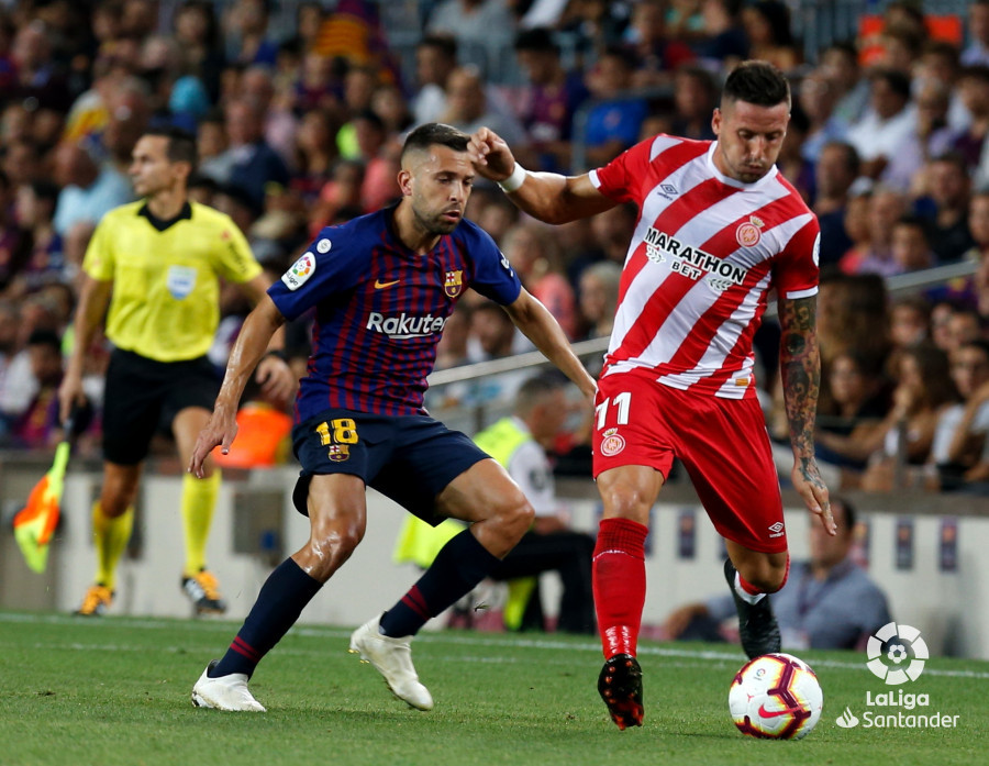 صور مباراة : برشلونة - جيرونا 2-2 ( 23-09-2018 )  W_900x700_23211705_b3z7772