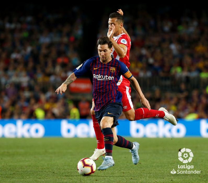 صور مباراة : برشلونة - جيرونا 2-2 ( 23-09-2018 )  W_900x700_23212106_b3z7798