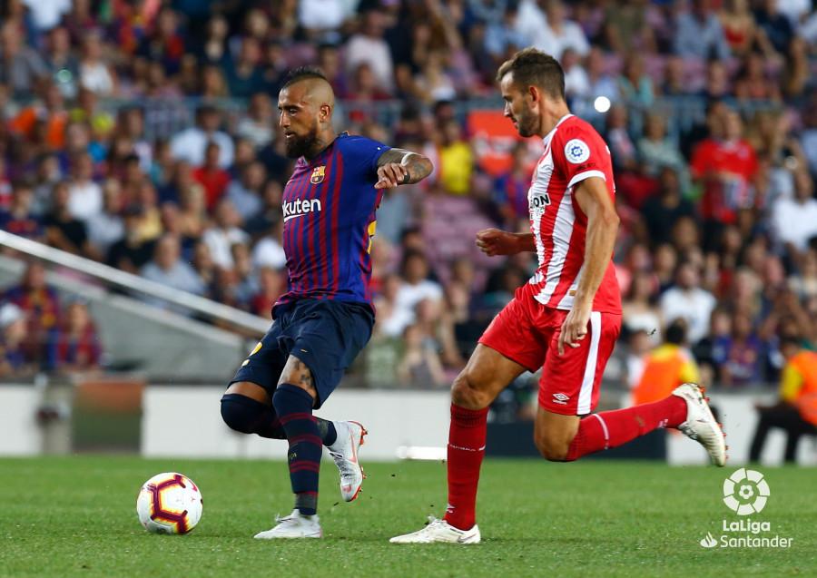 صور مباراة : برشلونة - جيرونا 2-2 ( 23-09-2018 )  W_900x700_23220405_b3z8000