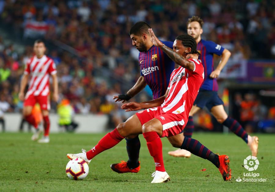 صور مباراة : برشلونة - جيرونا 2-2 ( 23-09-2018 )  W_900x700_23225309_b3z8333