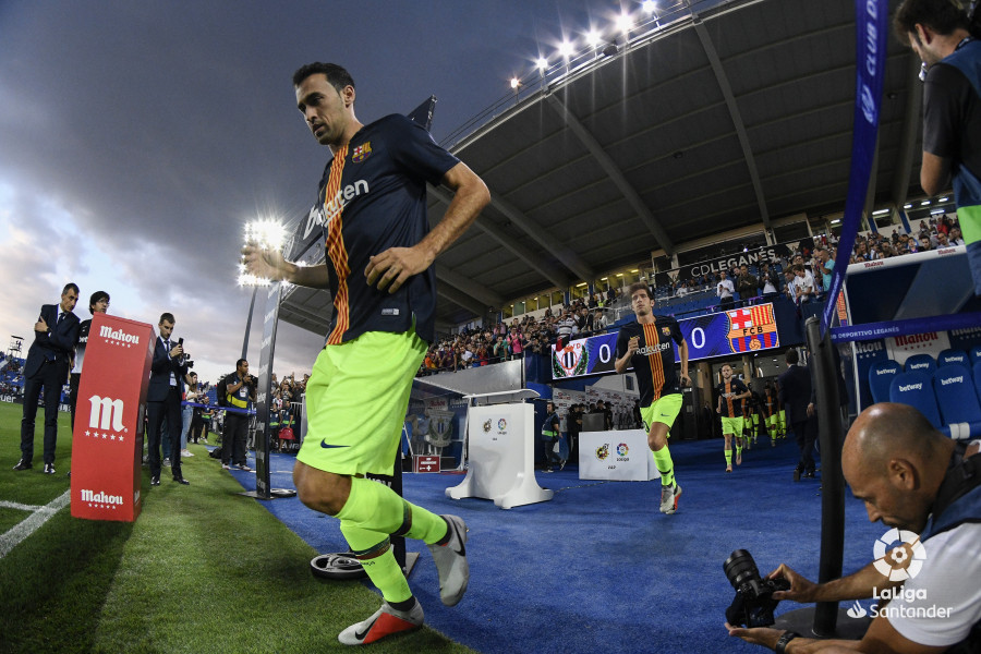 صور مباراة : ليغانيس - برشلونة 2-1 ( 26-09-2018 ) W_900x700_26194215_rap1645