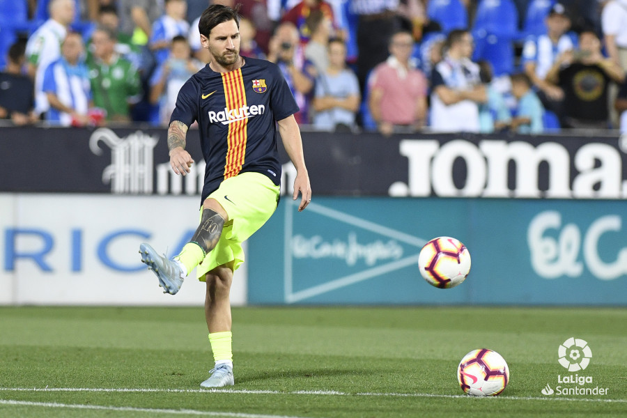 صور مباراة : ليغانيس - برشلونة 2-1 ( 26-09-2018 ) W_900x700_26195025_apa8208