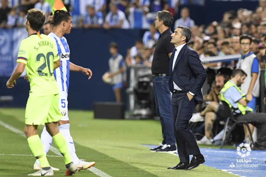 صور مباراة : ليغانيس - برشلونة 2-1 ( 26-09-2018 ) W_900x700_26200936_apa8280