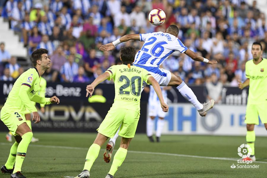 صور مباراة : ليغانيس - برشلونة 2-1 ( 26-09-2018 ) W_900x700_26200952_apa8296