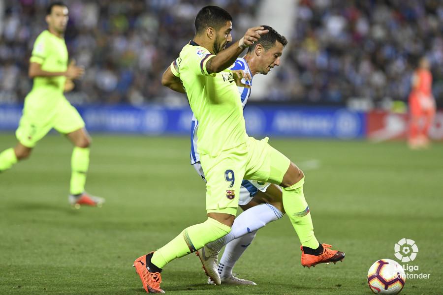 صور مباراة : ليغانيس - برشلونة 2-1 ( 26-09-2018 ) W_900x700_26214020_apa8857