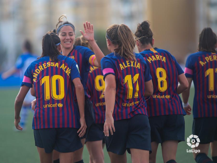 Las jugadoras del Barcelona celebran un gol (Foto: LaLiga).