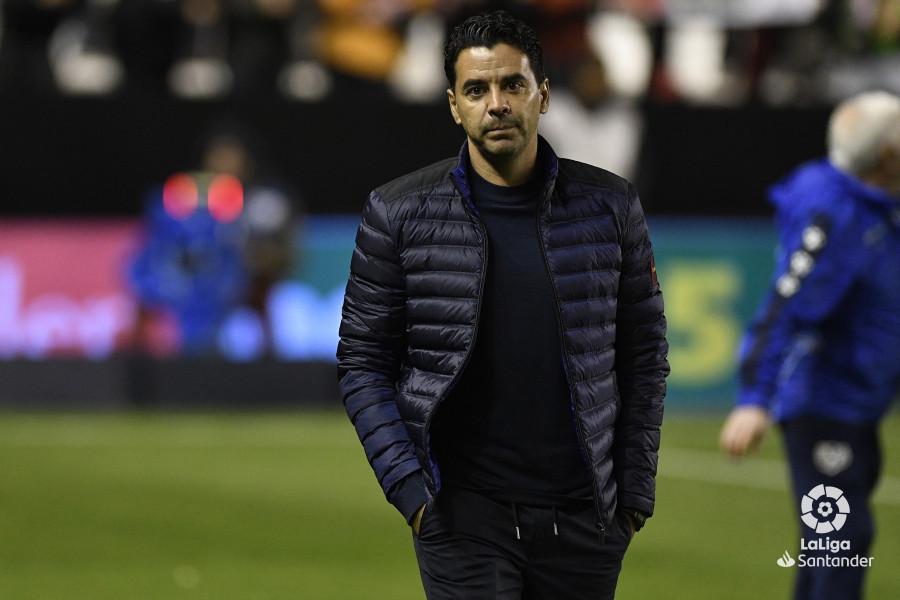 صور مباراة : رايو فاليكانو - برشلونة 2-3 ( 03-11-2018 )  W_900x700_03205034_apa2411