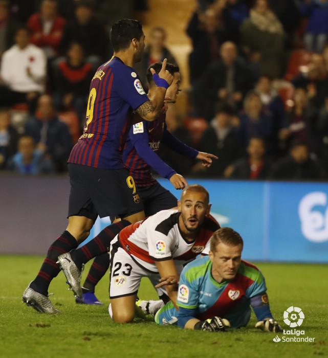 صور مباراة : رايو فاليكانو - برشلونة 2-3 ( 03-11-2018 )  W_900x700_03205836_pma6822