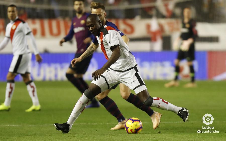صور مباراة : رايو فاليكانو - برشلونة 2-3 ( 03-11-2018 )  W_900x700_03210631_pma6965