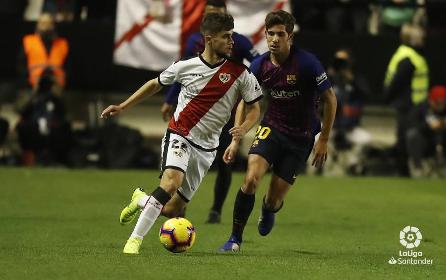 صور مباراة : رايو فاليكانو - برشلونة 2-3 ( 03-11-2018 )  W_900x700_03212532_pma7001