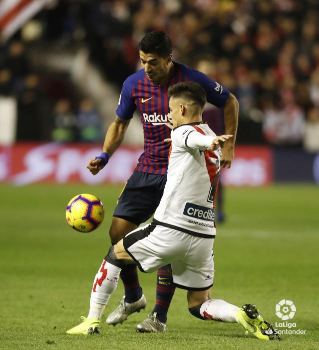 صور مباراة : رايو فاليكانو - برشلونة 2-3 ( 03-11-2018 )  W_900x700_03212655_pma7024