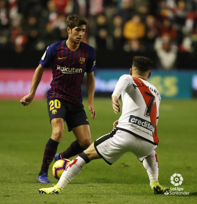 صور مباراة : رايو فاليكانو - برشلونة 2-3 ( 03-11-2018 )  W_900x700_03212950_pma7110