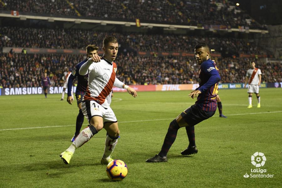 صور مباراة : رايو فاليكانو - برشلونة 2-3 ( 03-11-2018 )  W_900x700_03213736_rap6878