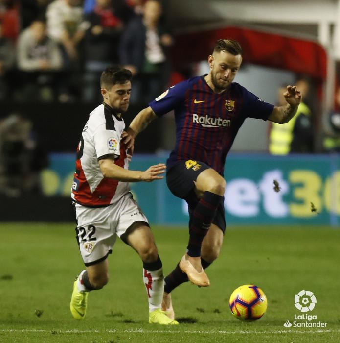 صور مباراة : رايو فاليكانو - برشلونة 2-3 ( 03-11-2018 )  W_900x700_03220221_pma7288