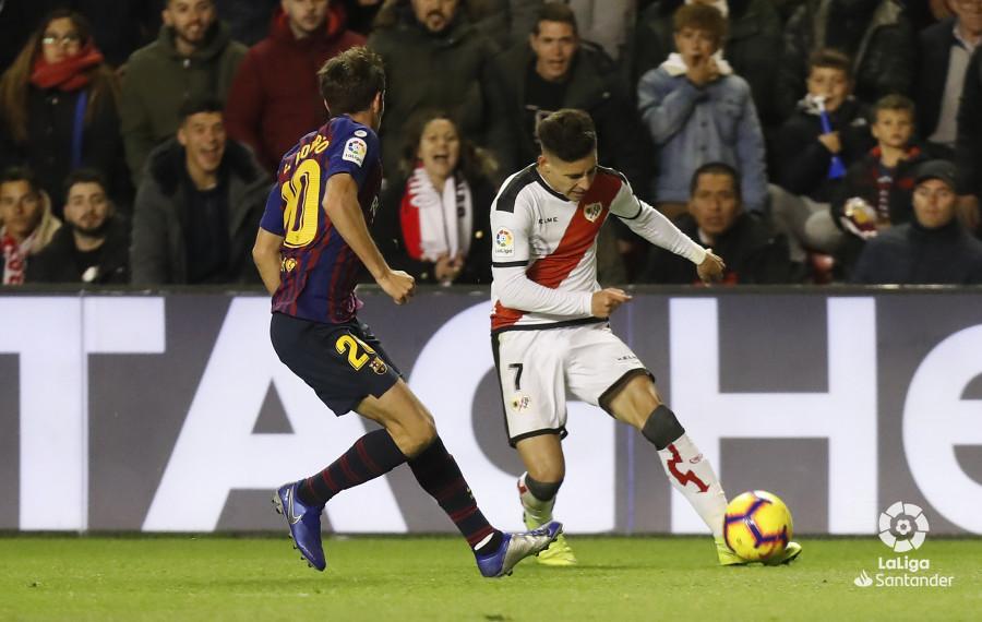 صور مباراة : رايو فاليكانو - برشلونة 2-3 ( 03-11-2018 )  W_900x700_03220235_pma7302