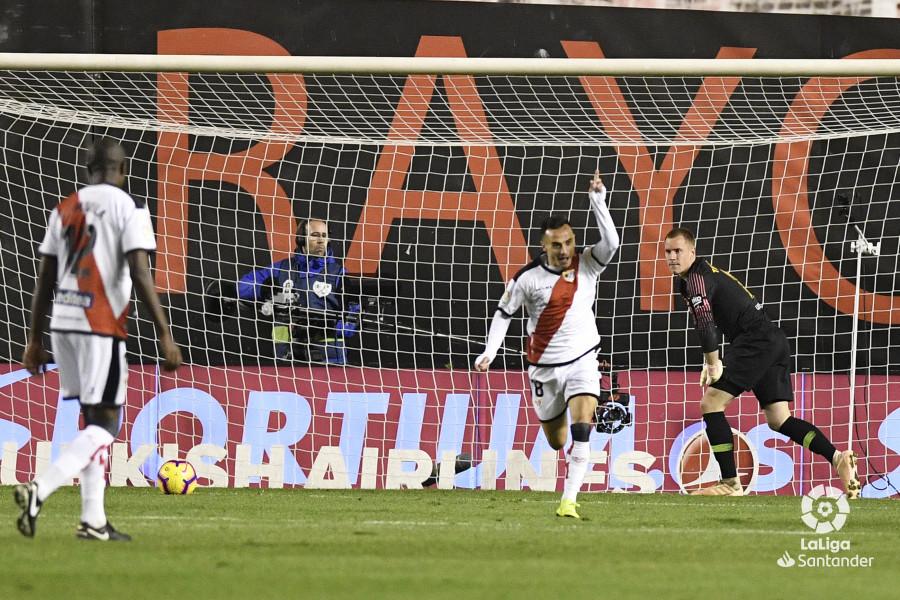 صور مباراة : رايو فاليكانو - برشلونة 2-3 ( 03-11-2018 )  W_900x700_03220906_apa2951
