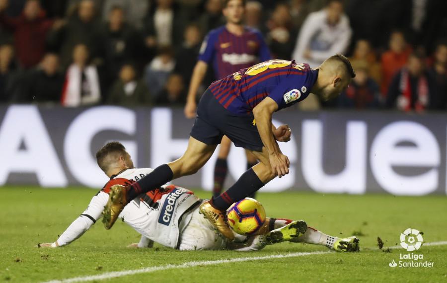 صور مباراة : رايو فاليكانو - برشلونة 2-3 ( 03-11-2018 )  W_900x700_03221819_pma7485