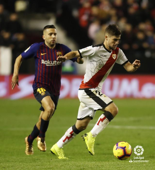 صور مباراة : رايو فاليكانو - برشلونة 2-3 ( 03-11-2018 )  W_900x700_03221902_pma7629