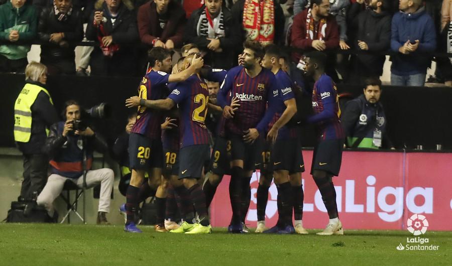 صور مباراة : رايو فاليكانو - برشلونة 2-3 ( 03-11-2018 )  W_900x700_03223503_pma7861