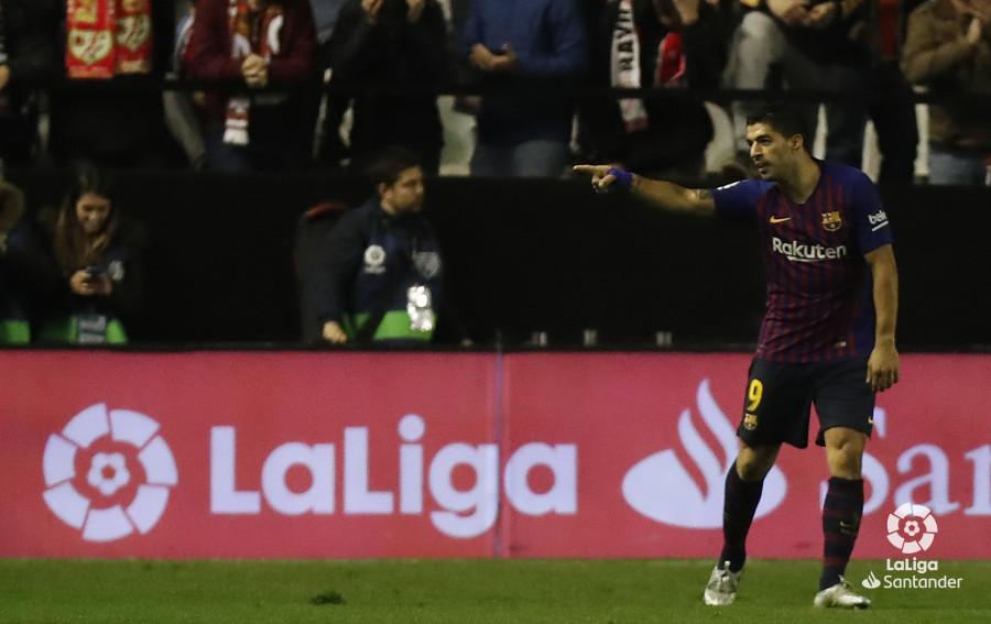 صور مباراة : رايو فاليكانو - برشلونة 2-3 ( 03-11-2018 )  W_900x700_03223507_pma7879