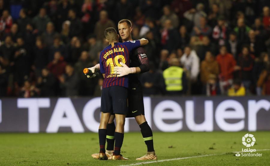 صور مباراة : رايو فاليكانو - برشلونة 2-3 ( 03-11-2018 )  W_900x700_03223819_pma7918