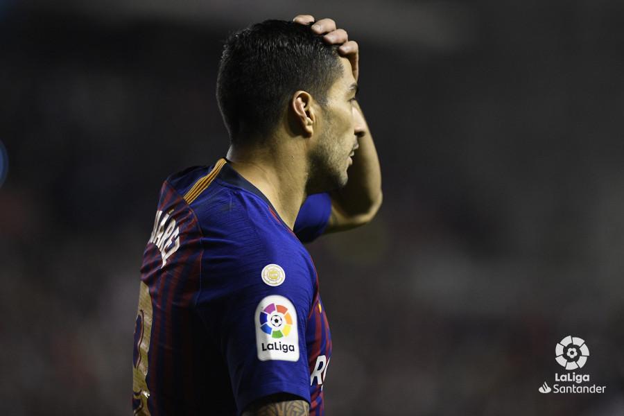 صور مباراة : رايو فاليكانو - برشلونة 2-3 ( 03-11-2018 )  W_900x700_03224845_apa3343