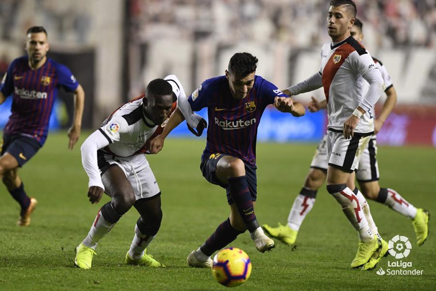صور مباراة : رايو فاليكانو - برشلونة 2-3 ( 03-11-2018 )  W_900x700_03224855_apa3422