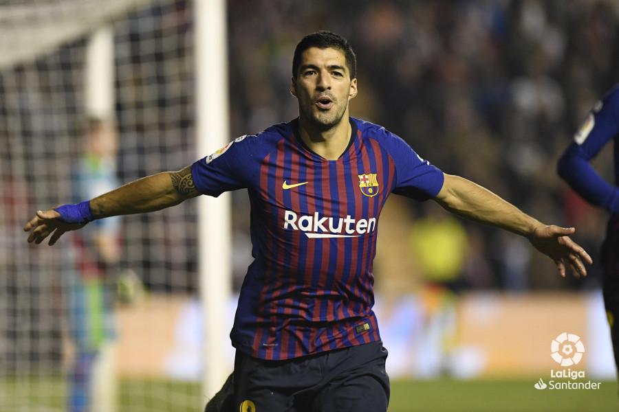 صور مباراة : رايو فاليكانو - برشلونة 2-3 ( 03-11-2018 )  W_900x700_03224906_apa3479