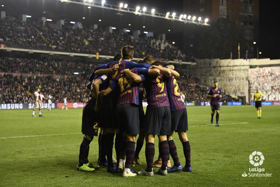 صور مباراة : رايو فاليكانو - برشلونة 2-3 ( 03-11-2018 )  W_900x700_03225335_rap6936